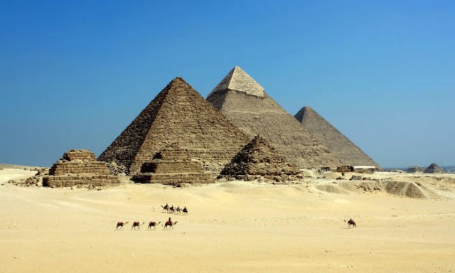 Physicist Uses Cosmic Rays to Map Internal Structures of Pyramids