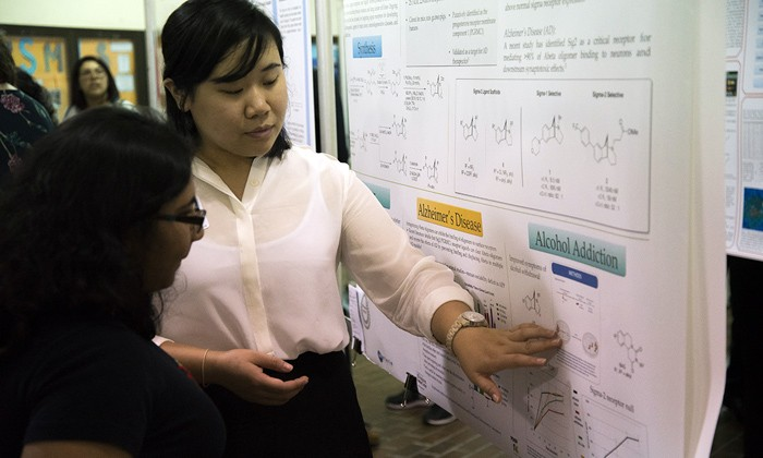 CNS Undergraduates Rack Up Research Awards