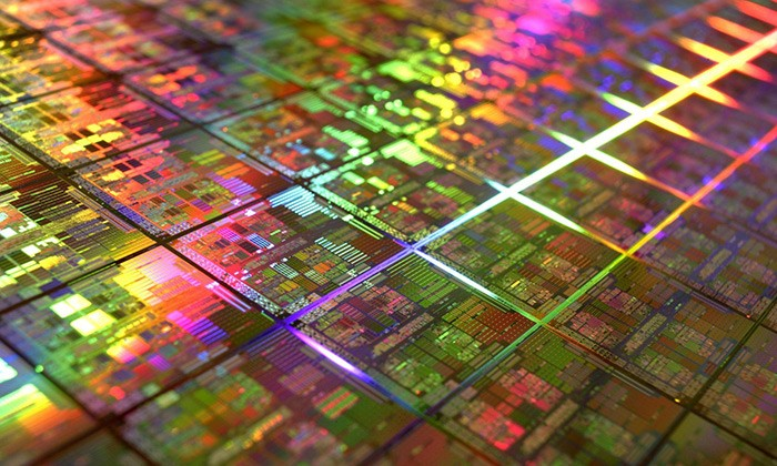 Researchers Tackle the Dark Side of Moore's Law