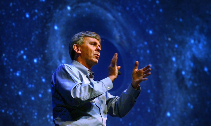 Distinguished Alum Discusses Gravitational Waves Discovery