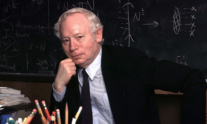Steven Weinberg On The Future of Quantum Mechanics