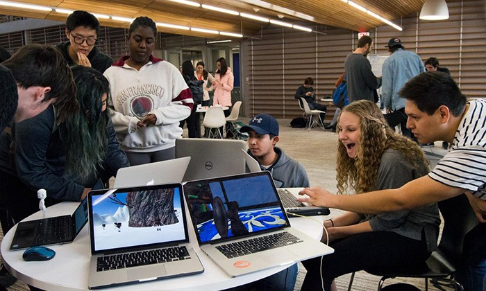 Students Blend Science, Art and Communication to Design Games and Apps