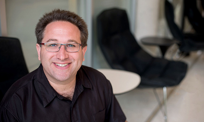 Computer Scientist Scott Aaronson Named as ACM Fellow