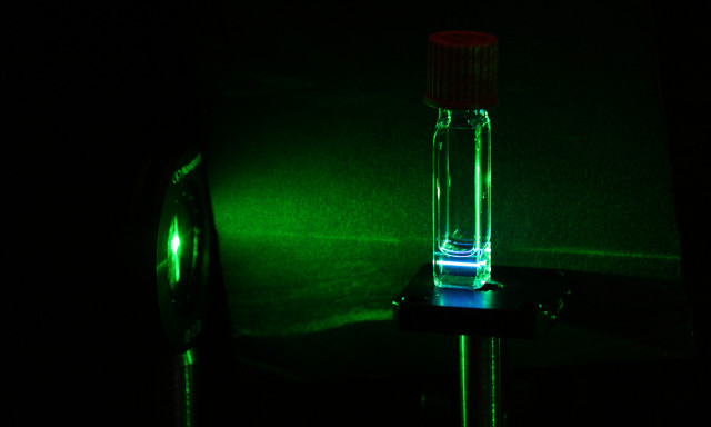Researchers Discover New Way to Split and Sum Photons with Silicon