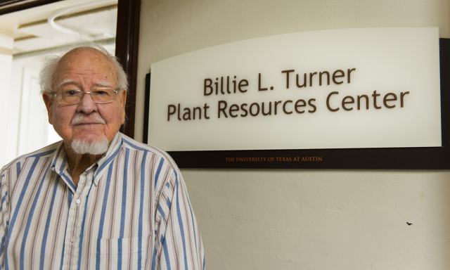 Power Plants: Professor Billie Lee Turner supports his passion for botanical research