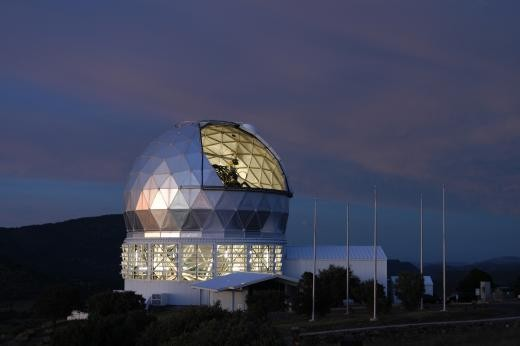 Astronomers Probe 'Evaporating' Planet Around Nearby Star with Hobby-Eberly Telescope