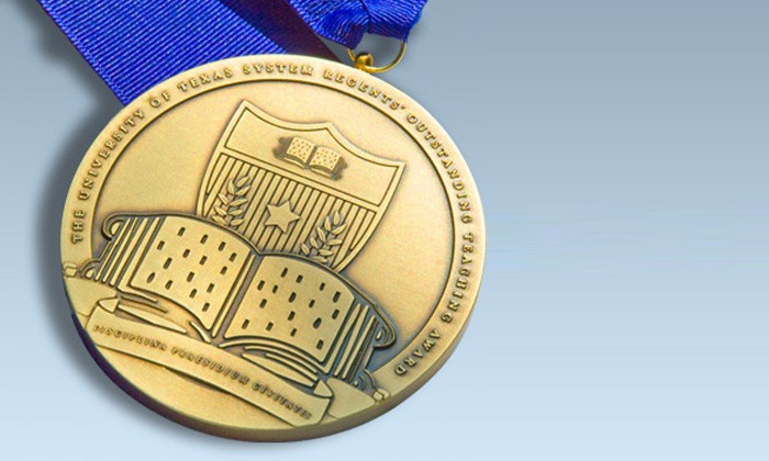 Eight Natural Sciences Faculty Receive 2013 Regents' Outstanding Teaching Awards